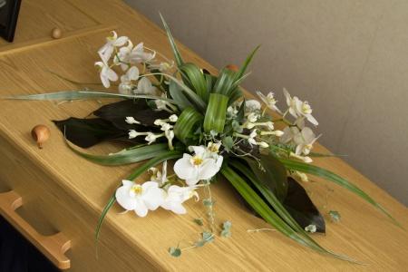 bloemstuk op kist 2013
