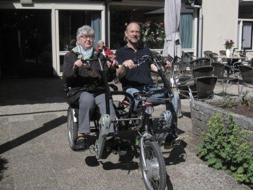 fietsen met oom van Agnes